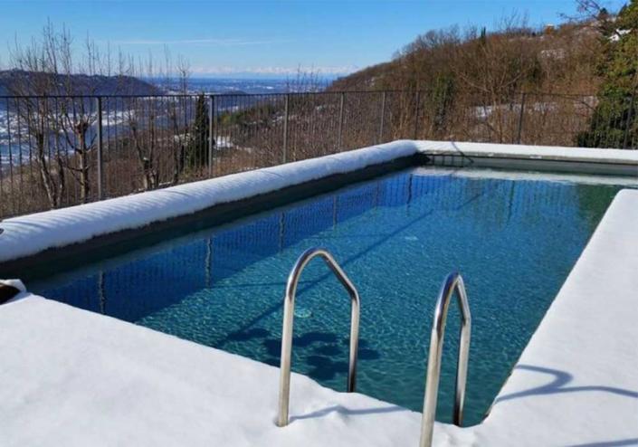 piscina neve